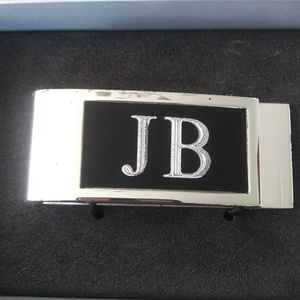 Do you a JB ? I have a money clip for him. S